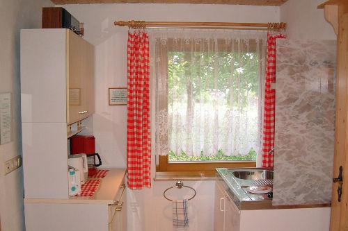 Blick in das Ferienhaus (Küche)