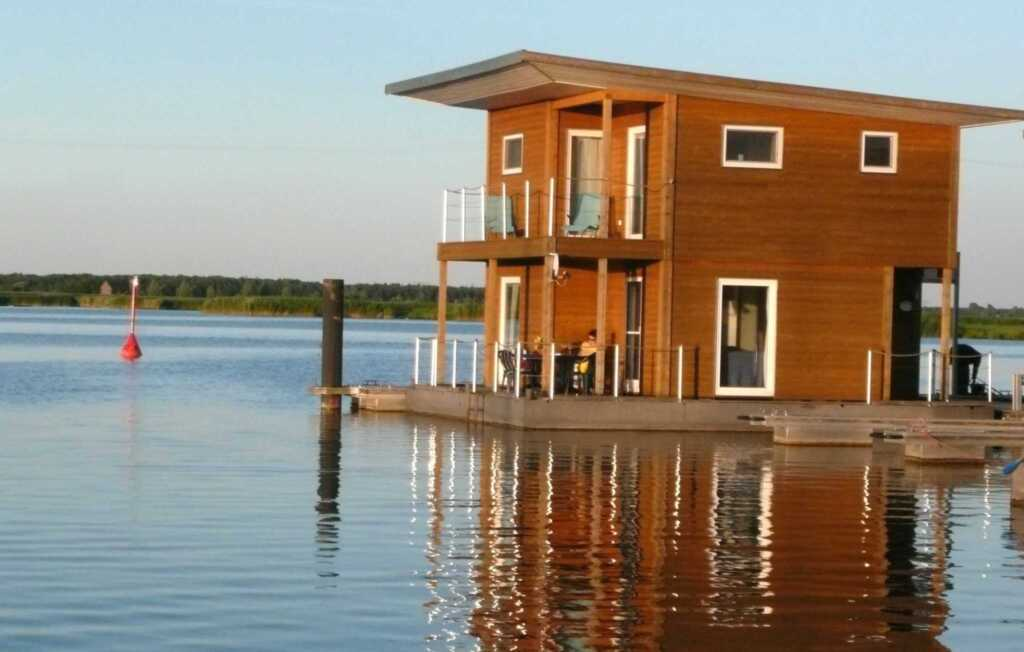 FLOATING HOUSES Classic - Kr�slin - bis zu 6 Pers.