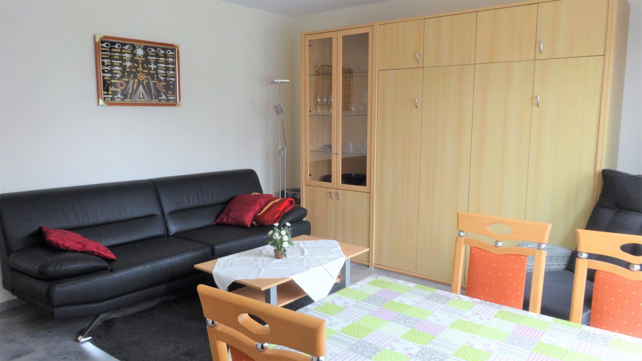 Wohnung 1 Wohnzimmer 2