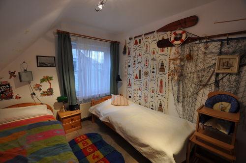 Kinderzimmer: Matratzen 190cm x 100cm