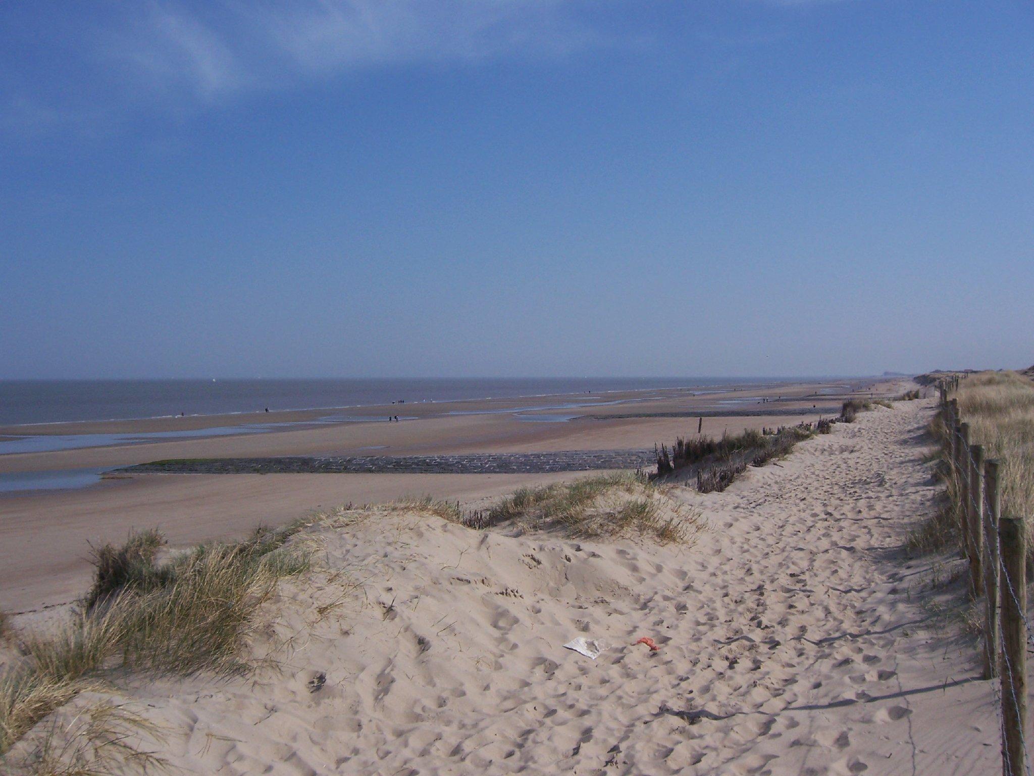 Strand von Bredene bei Ebbe