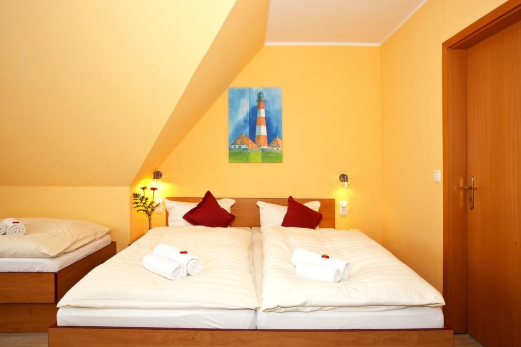 Wassersport Hotel P 430, Nr.04 Doppelzimmer + 1