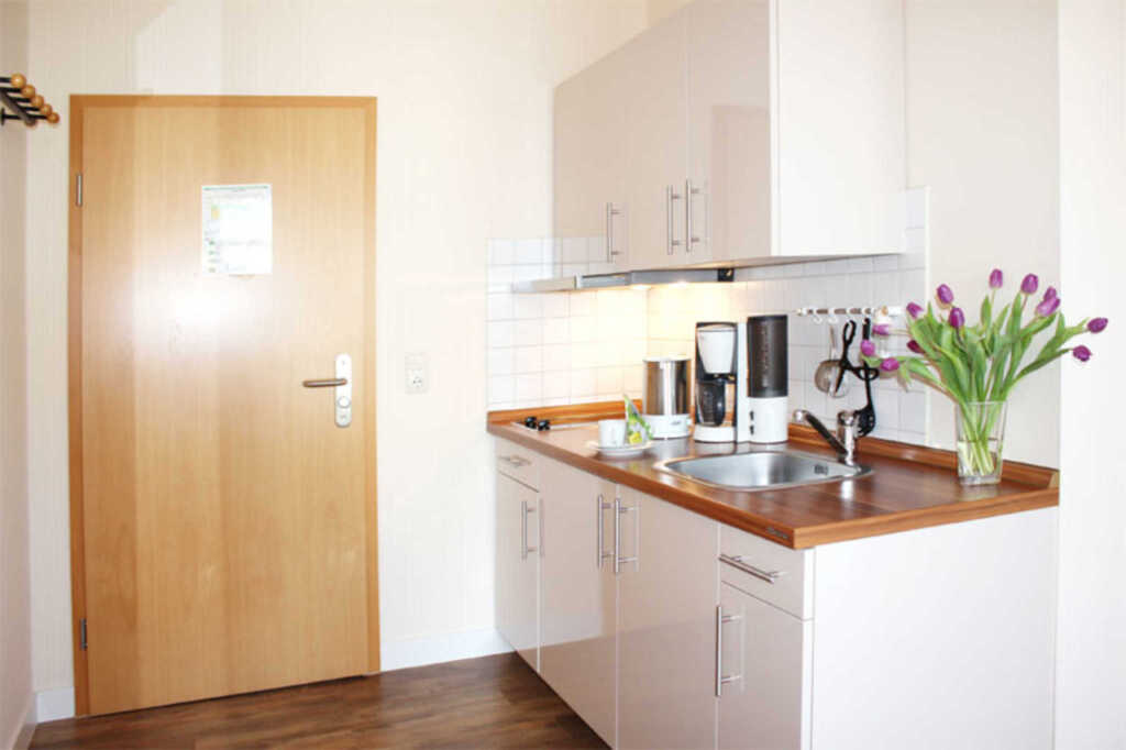 Appartementhaus 'MONIKA', 89 -12 1- Raum- Apparte