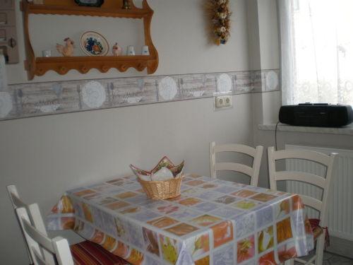 Küche mit Sitzmöbel