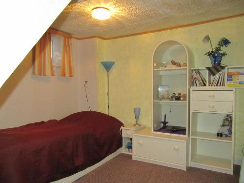 Kl.Schlafraum mit Einzelbett /OG links