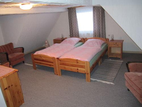 Schlafzimmer /OG rechts