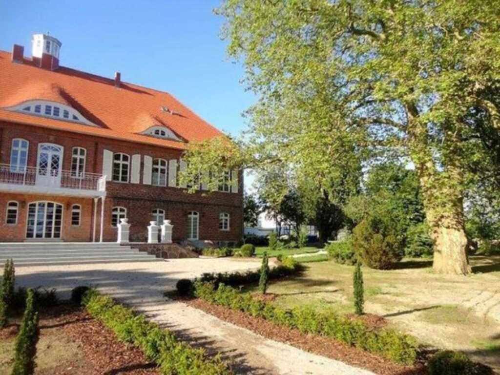 Schloss Pütnitz - Kanuspezial ab 4 Ü (26 März-18 J