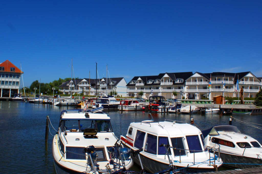 Ferienwohnung Hafenidyll 40 mit Hafenblick, Ferien