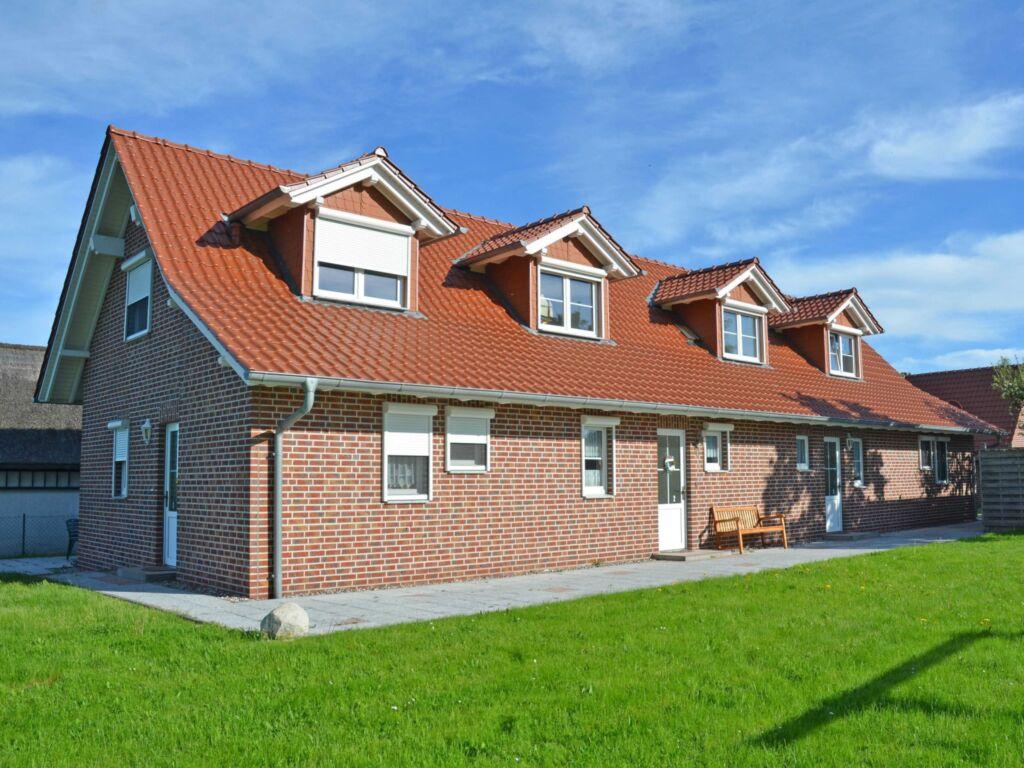 Ferienhaus Lobbe F 544 WG 04 mit großer Terrasse,