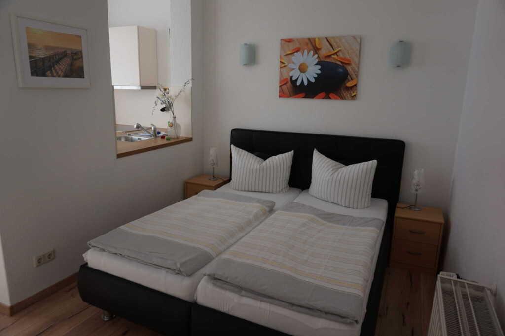 'Villa Rügen' - 300 m zum Strand, Wohnung 5