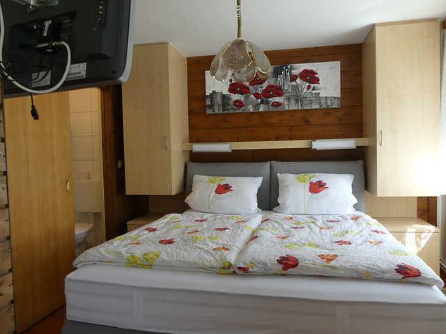 SB-Pension 'Holzerstube', Dreibettzimmer 2 ohne Ba