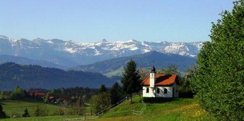 Blick vom Alpenfreibad ins Rothachtal