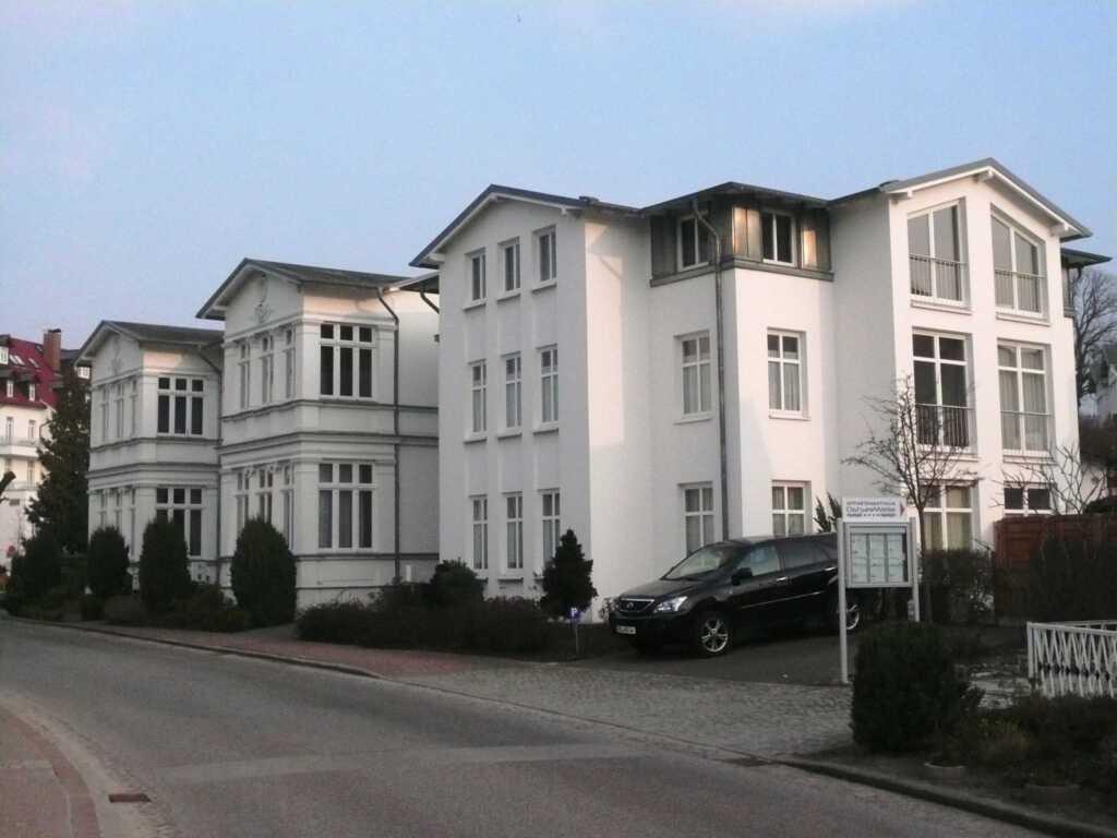 'Haus Alt-Ahlbeck', Wohnung 02 EG