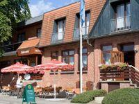 RED Hotel Wittensee 'Schützenhof', Dreibettzimmer in GroßWittensee - kleines Detailbild
