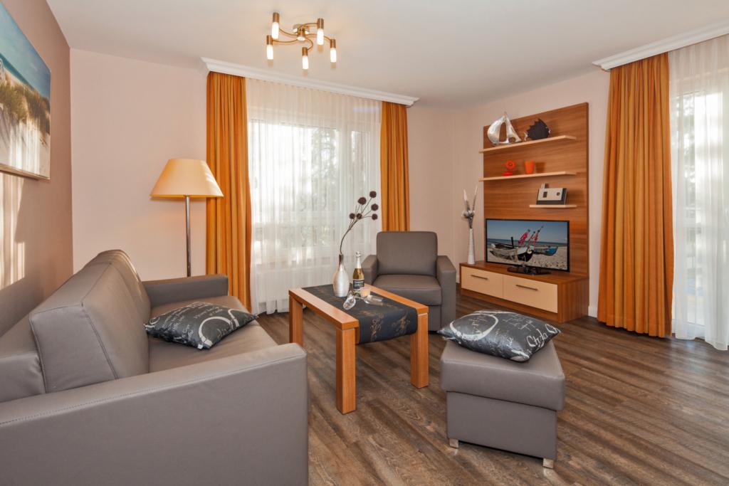 Strandhaus Aurell - FEWO - Pension, Typ II - EG -