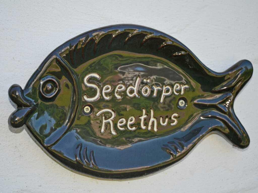 Seedörper Reethus F558 Reetdachferienhaus mit Wass