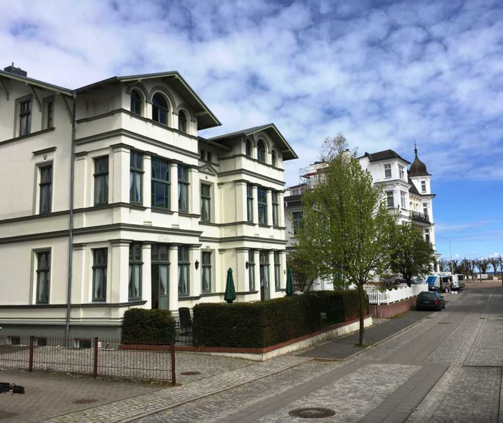 Villa Donatus 3 Raumwohnung, D1 Wei�e D�ne