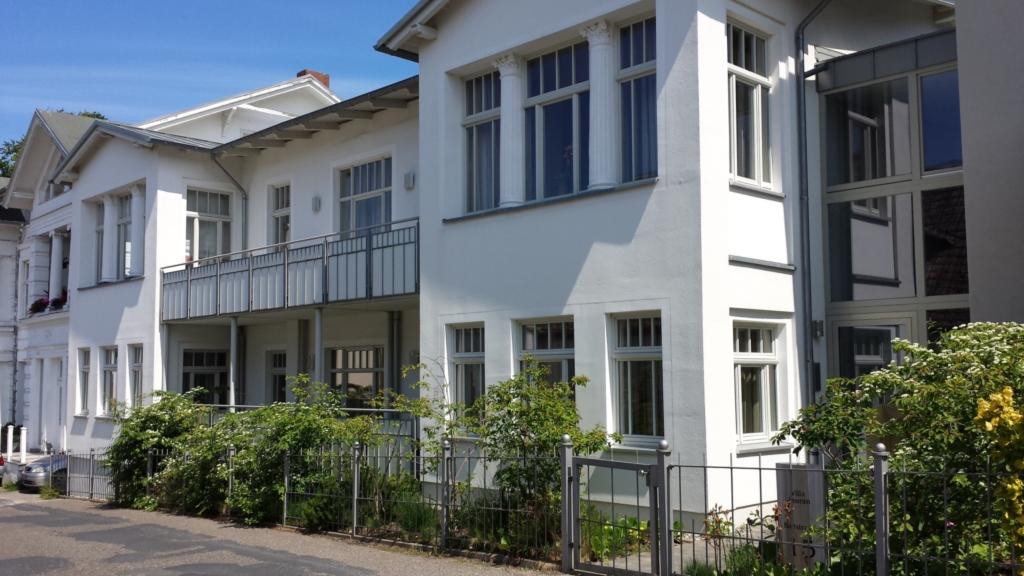 Villa Jasmin**** B�derarchitektur alt und neu, 2-Z