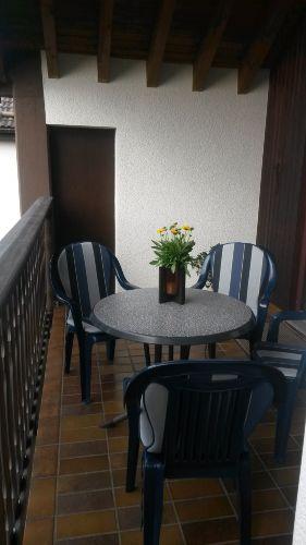 Für gemütliche Stunden ein Terrassenplatz