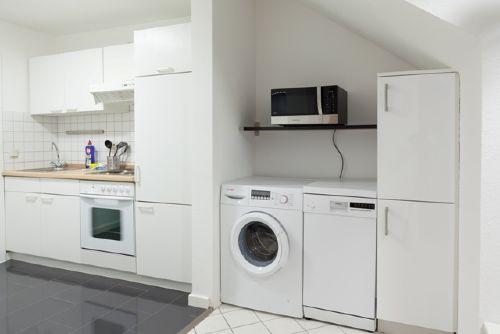 Küche mit Wascmaschine