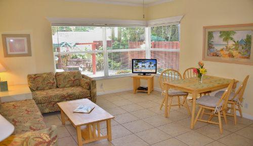 Wohnzimmer ORCHID Suite
