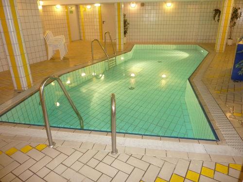 Schwimmbad kostenlos im Haus