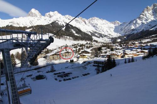 Blick auf Haus von Skihang aus