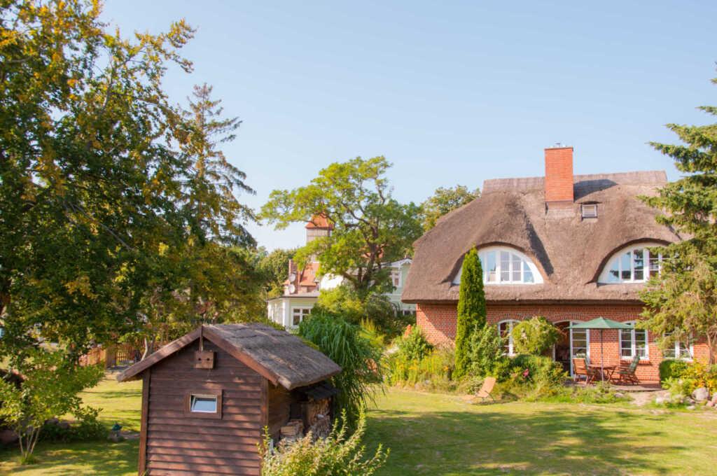 Landhaus am Deich, Nr. 2 Ferienwohnung mit Kamin