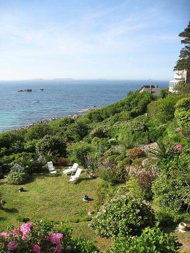 Garten- und Meerblick