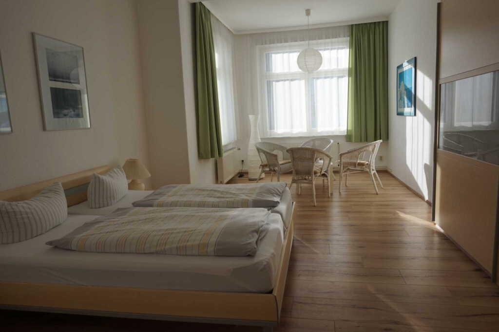 'Villa Rügen' - 300 m zum Strand, Wohnung 7