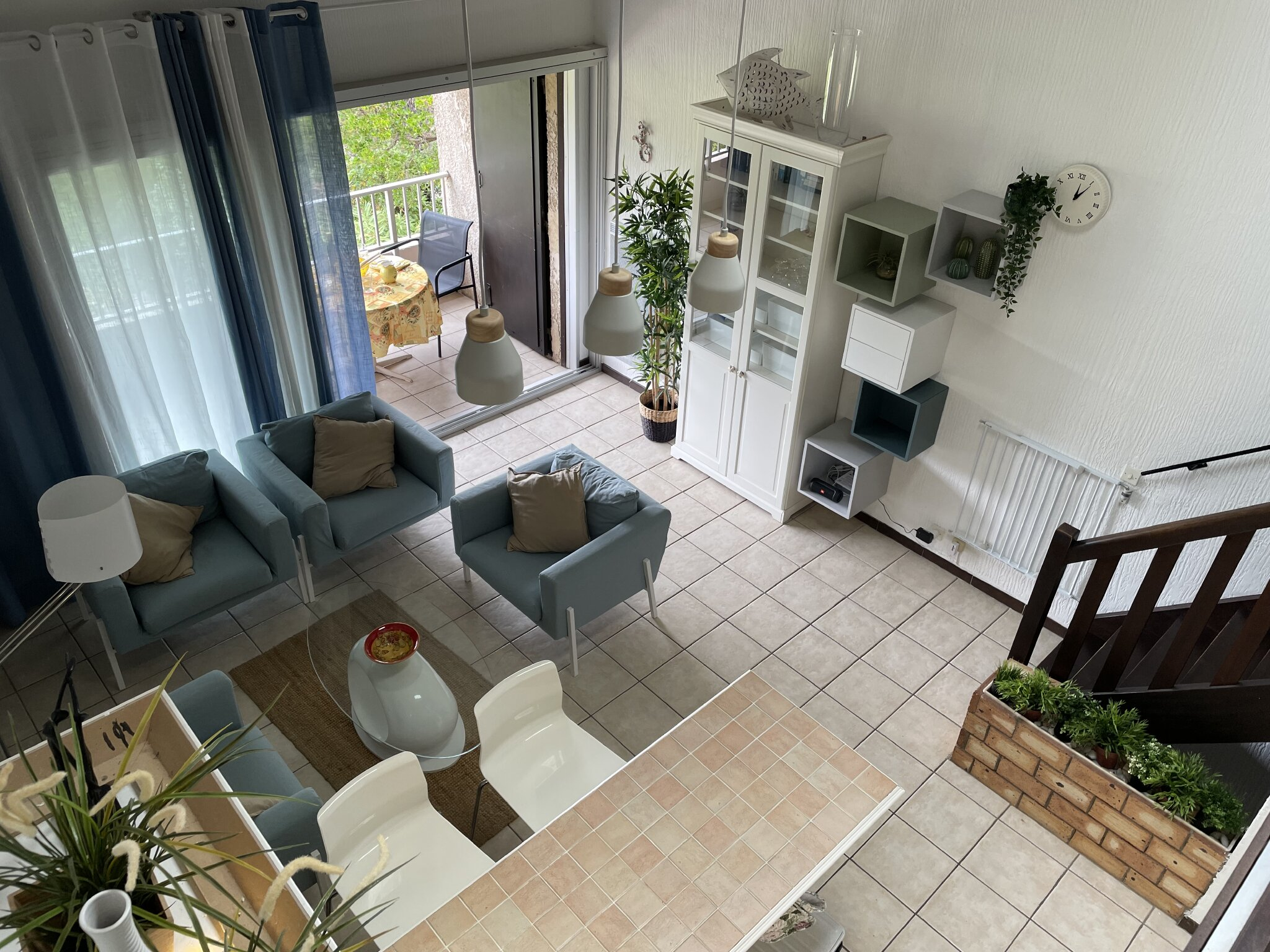 Wohnzimmer angrenzend Balkon