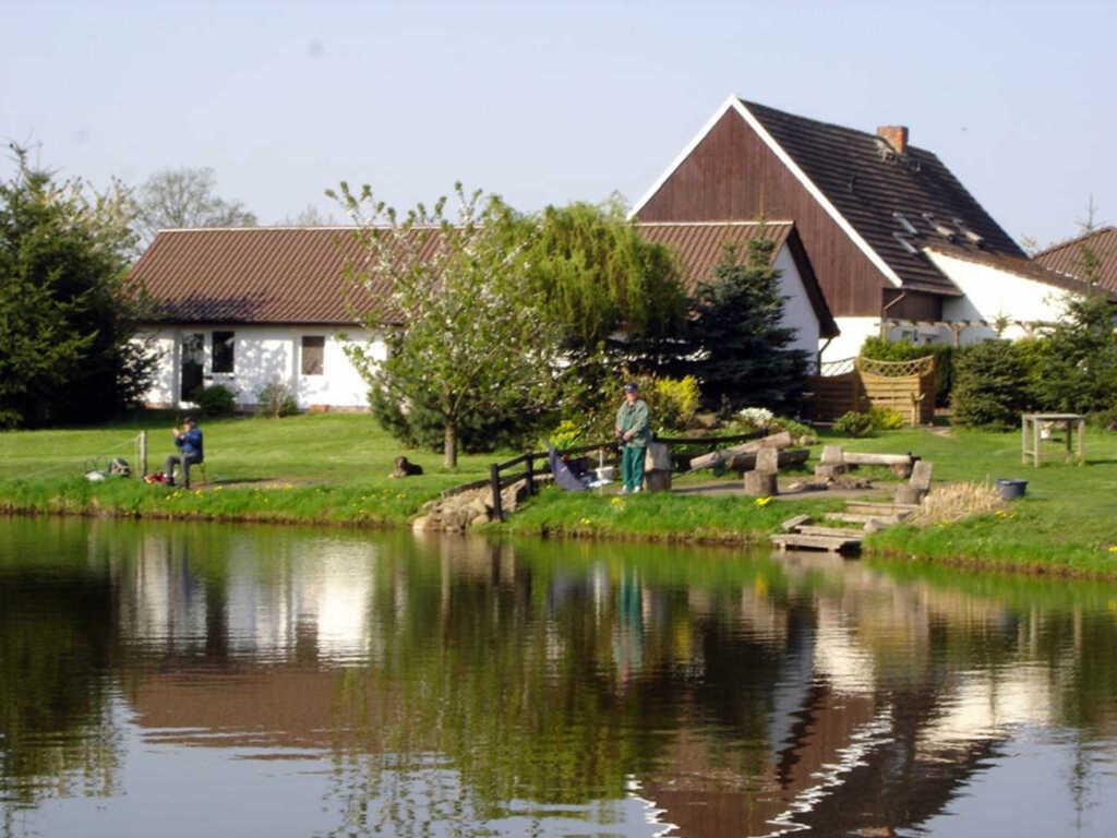 Ferienwohnungen an großem Bade- und Angelteich, Sc