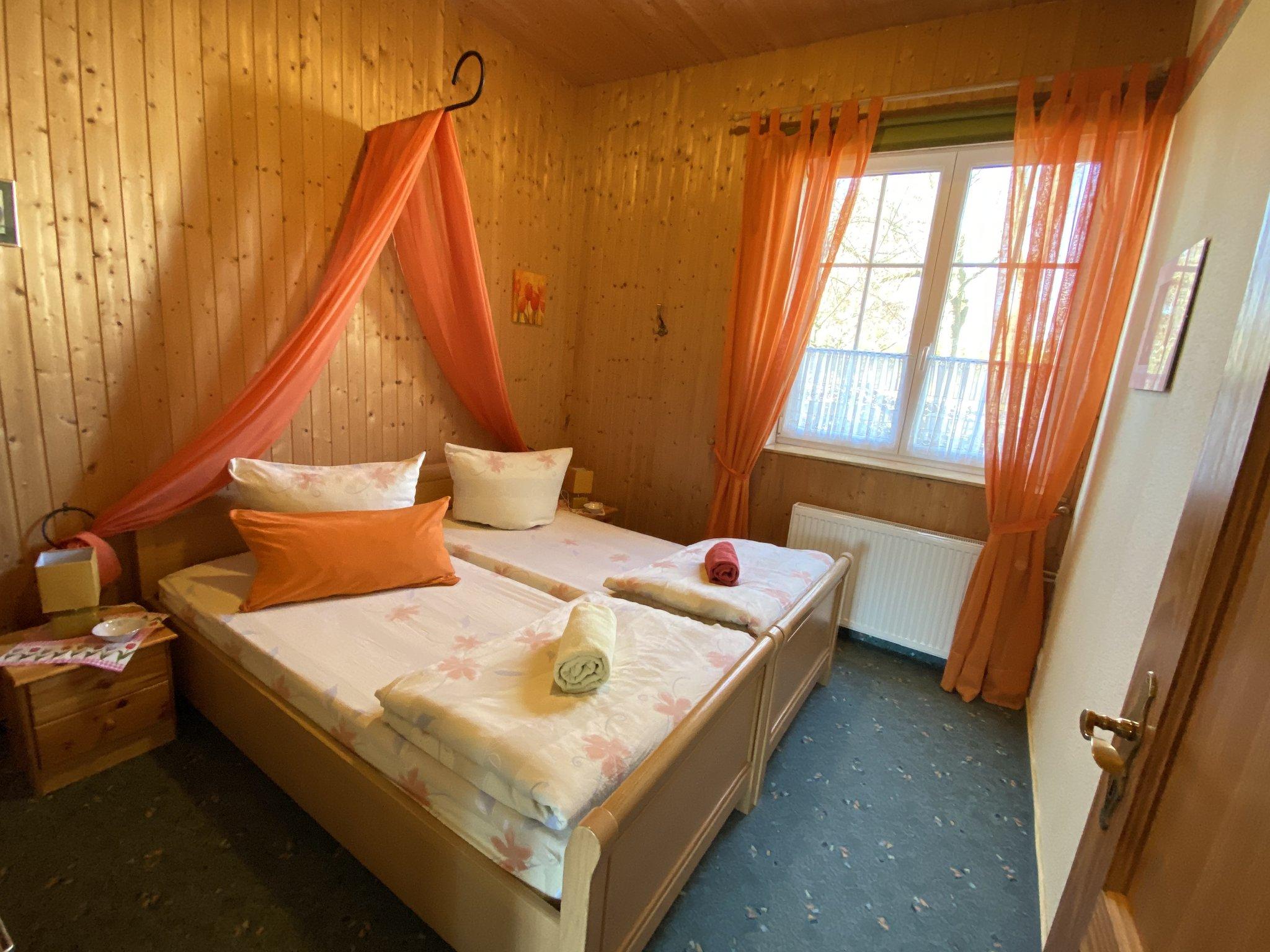 1 Schlafzimmer im Ferienhaus 1