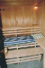 Gro�z�gige Sauna ca 2,50 X 2,50m