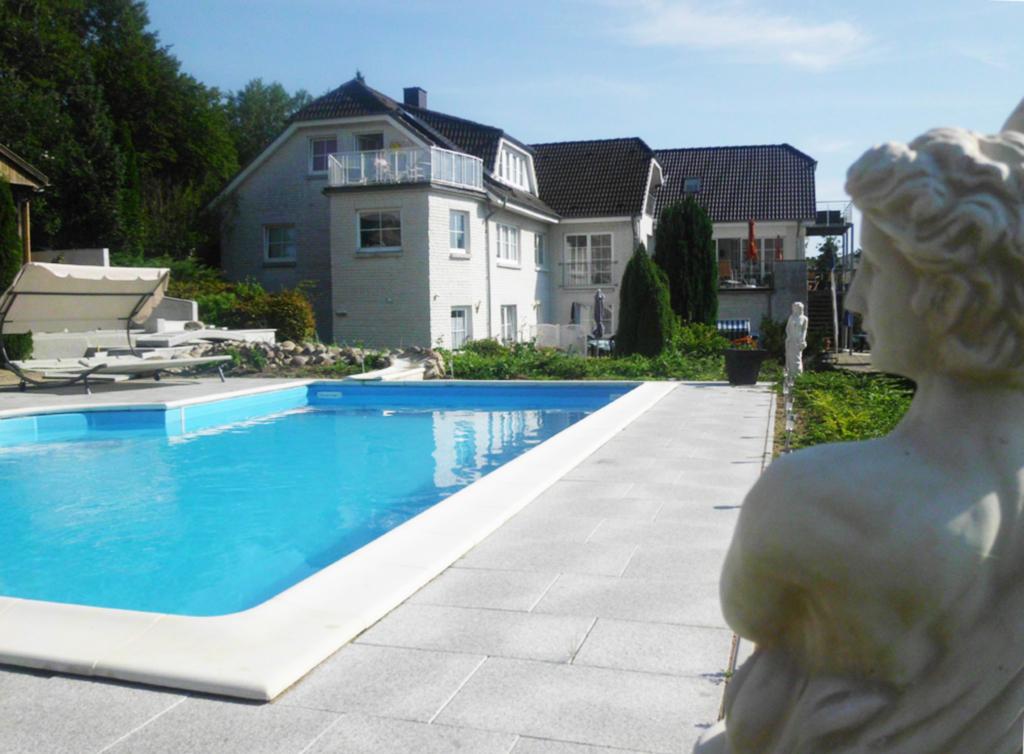 Gästehaus Vogelsang, VO 3; 2-Raum; EG; Terrasse; 4