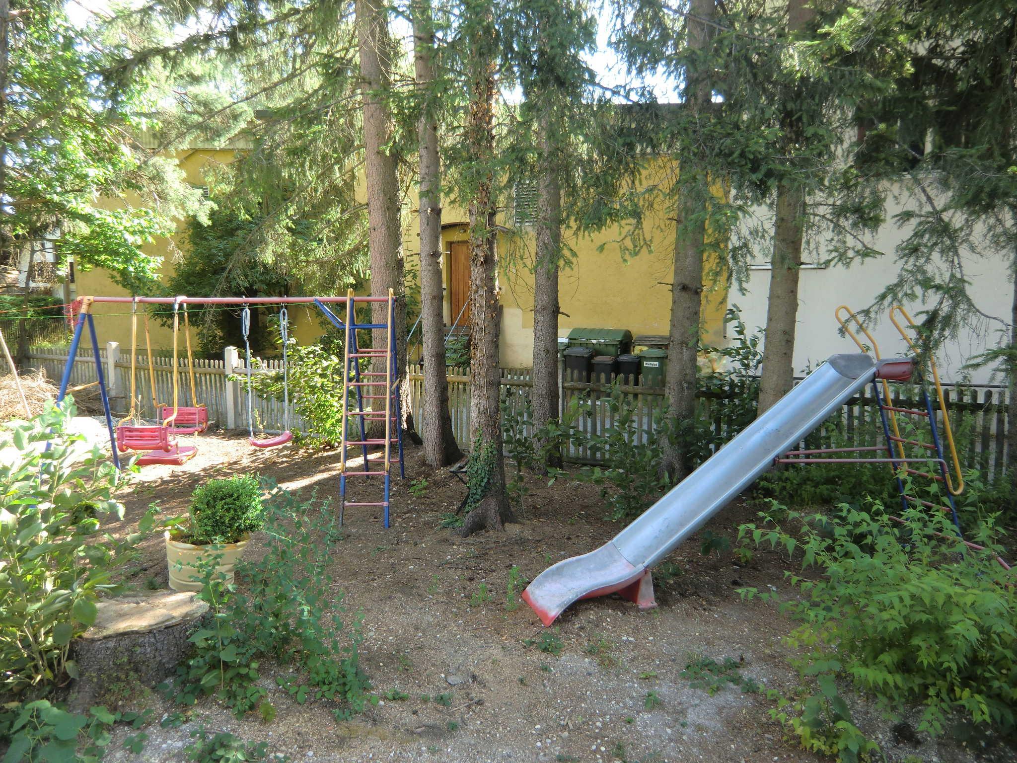 Spielgelegenheit f�r Kinder im Garten