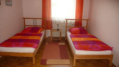 eins der Zweibettzimmer