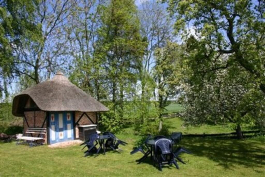 Ferienhaus 'Rohrdachhus', FW4