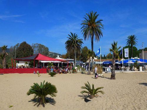 Restaurants direkt am Strand