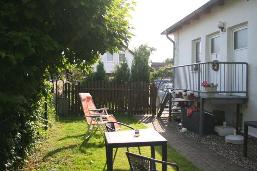 Bei Warnem�nde: Ferienwohnung Mecklenburg, Ferienw