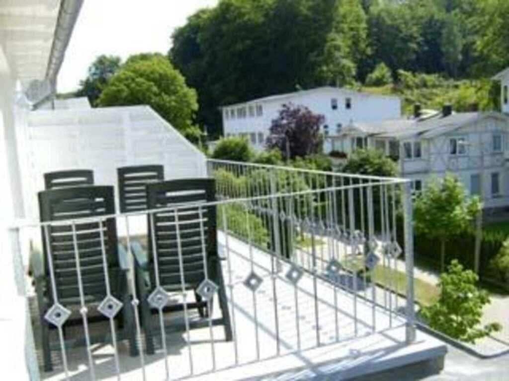 'Villa Rügen' - 300 m zum Strand, Wohnung 8