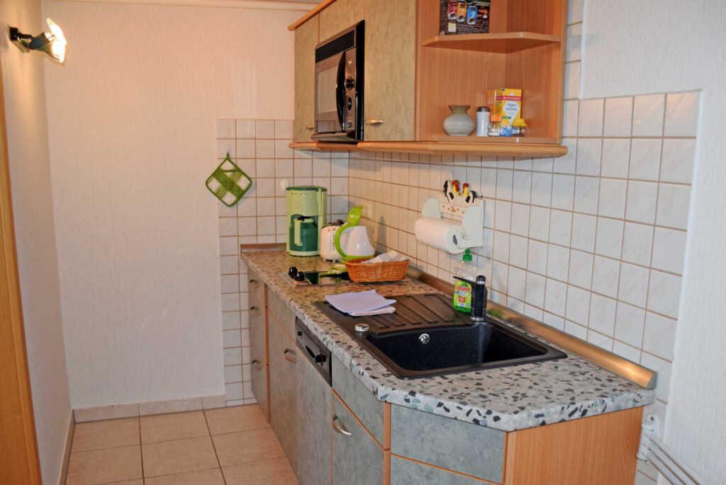Lindenhof Gro�-Zicker, (03) Ferienappartement Bake