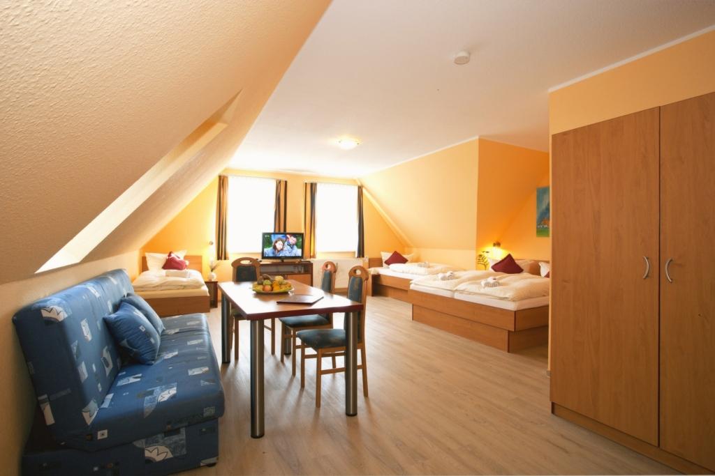 Wassersport Hotel P 430, Arr. Ostseeangeln f�r 2-3