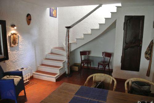 Wohnzimmer und alte Treppe