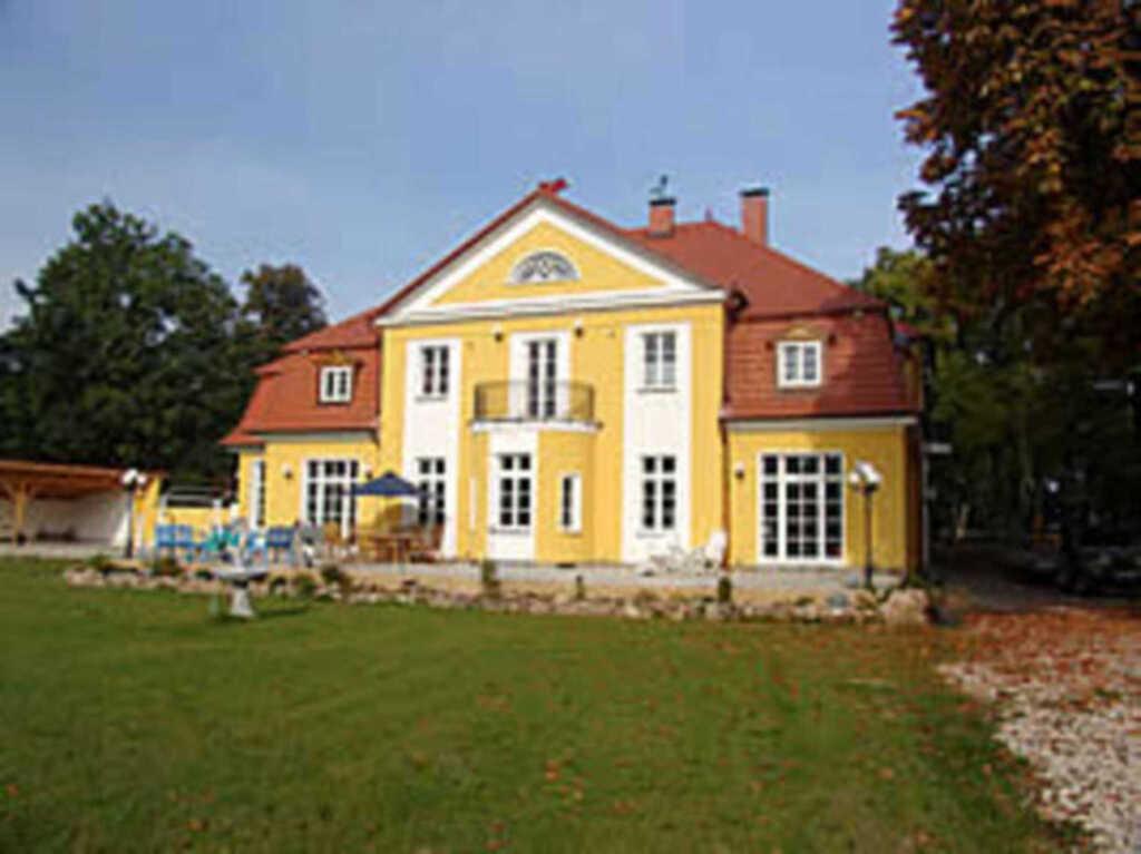 Herrenhaus Poppelvitz, Ferienwohnung 'Schloss-Sekr