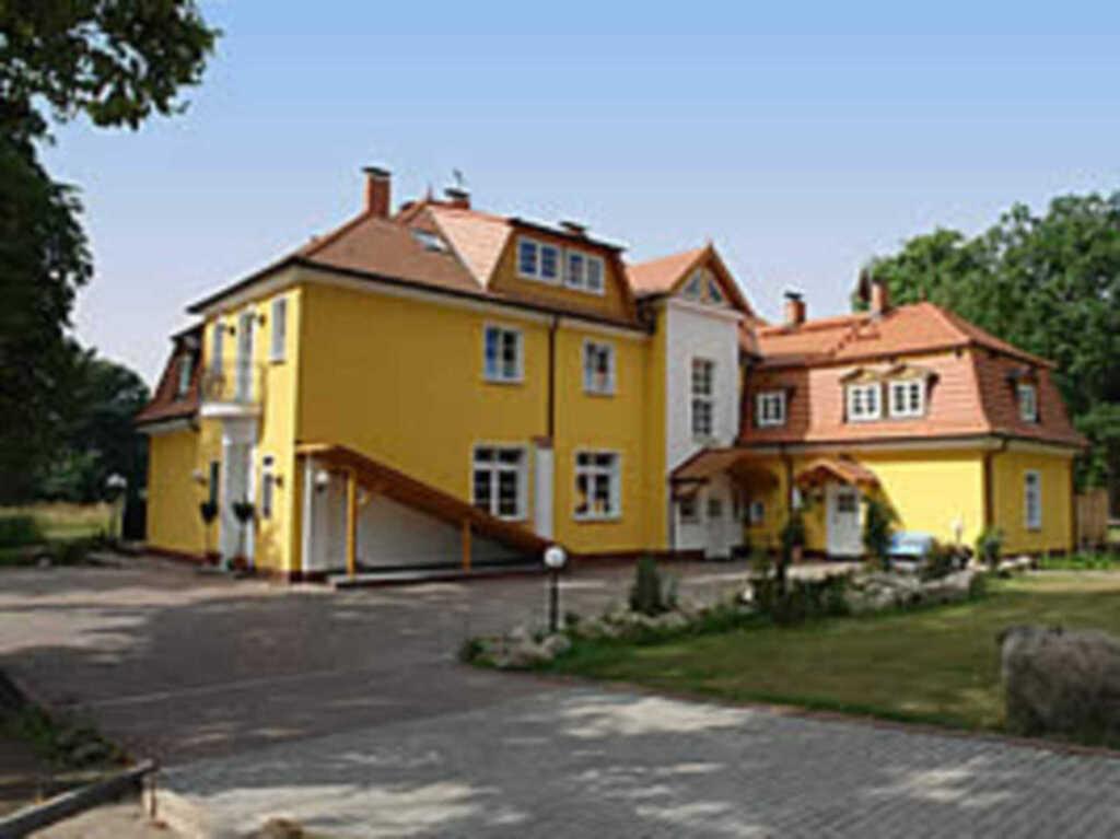 Herrenhaus Poppelvitz, Ferienwohnung 'Gesindezimme