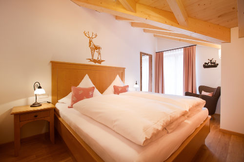 Schlafzimmer zur Dachterrasse