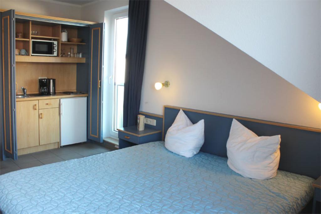 Appartementanlage 'Yachthafenresidenz', (281) 1- R