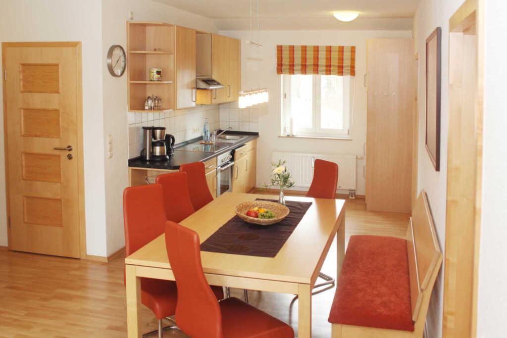 Villa Waldfrieden & Waldhaus mit Saunahaus, FeWo S