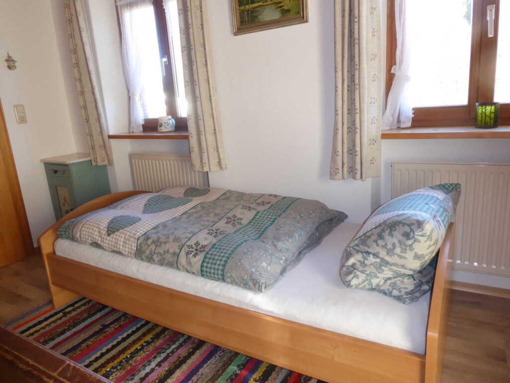 Haus Bamberger, Dreibettzimmer